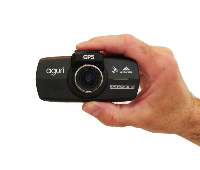 hand holding the Aguri DX1000 dash cam