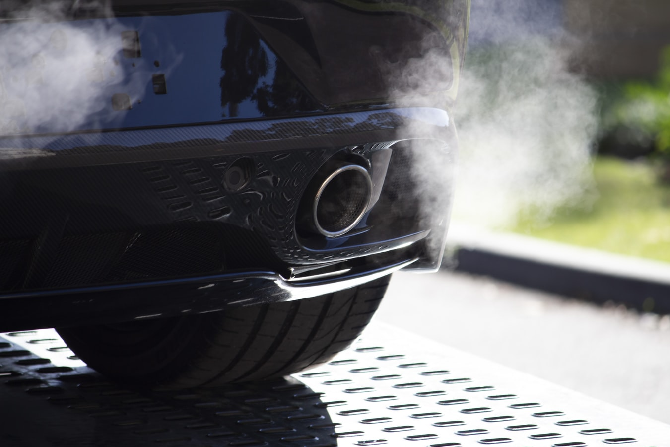 carbon emissions from a car exhaust