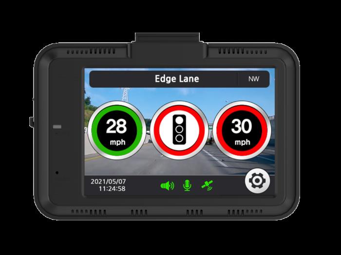 the Aguri DX4000 Drive Assist showing a traffic alert
